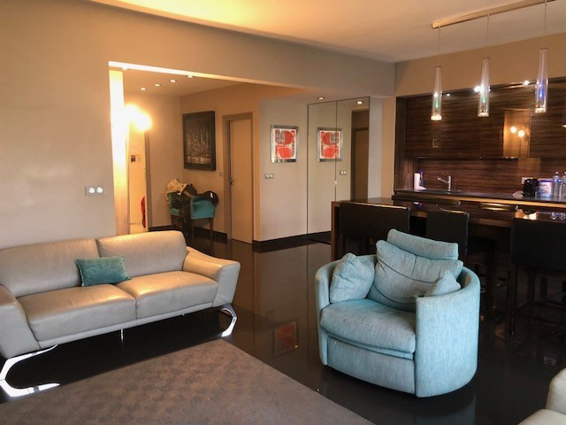 Deluxe sale apartment Neuilly-sur-seine 1485000€ - Picture 2