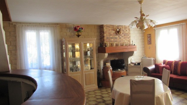 Sale house / villa La chapelle baton 127 500€ - Picture 3
