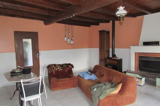 Sale house / villa Lussant 80250€ - Picture 2