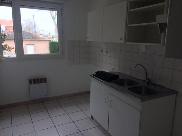 Rental apartment St jean 580€ CC - Picture 3