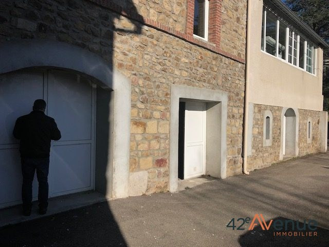Vente local commercial Saint-genest-lerpt 210000€ HT - Photo 6