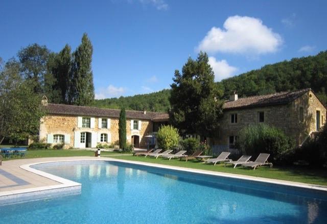 Deluxe sale house / villa Beaumont 787500€ - Picture 1