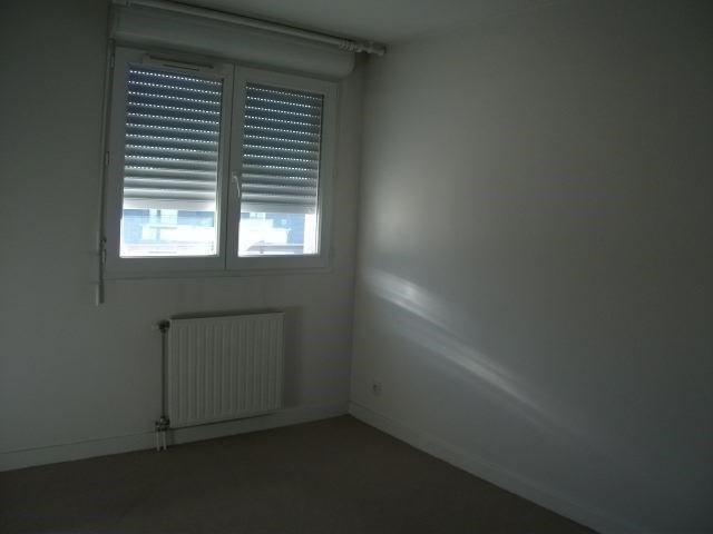 Rental apartment Sallanches 865€ CC - Picture 4