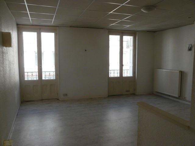 Verkoop  appartement Chambon-feugerolles (le) 39000€ - Foto 1