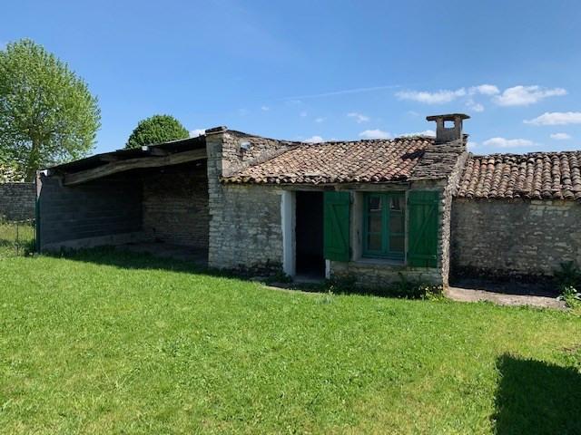 Rental house / villa Prahecq 320€ CC - Picture 2