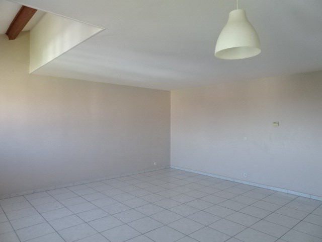 Location appartement Villefranche sur saone 995€ CC - Photo 2