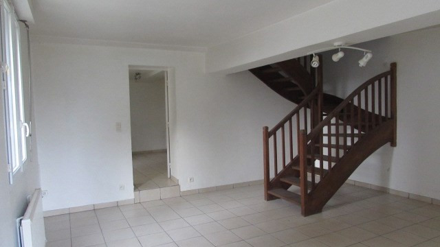 Vente maison / villa Saint poix 66 000€ - Photo 2