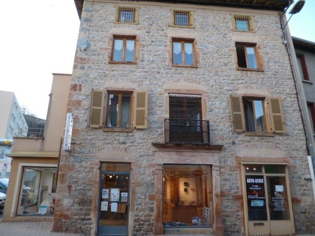 Rental shop Lamure sur azergues 355€ CC - Picture 2
