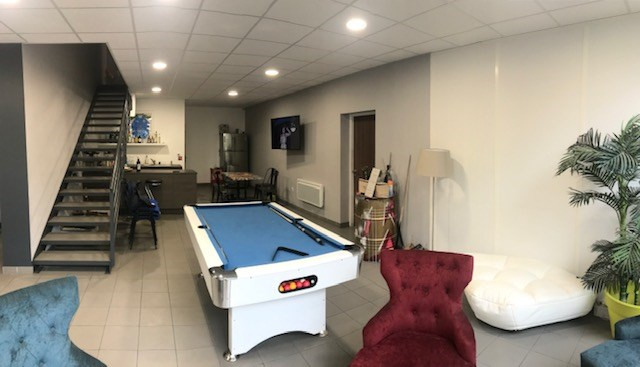 Location local commercial Bois-d'arcy 11718€ HT/HC - Photo 8
