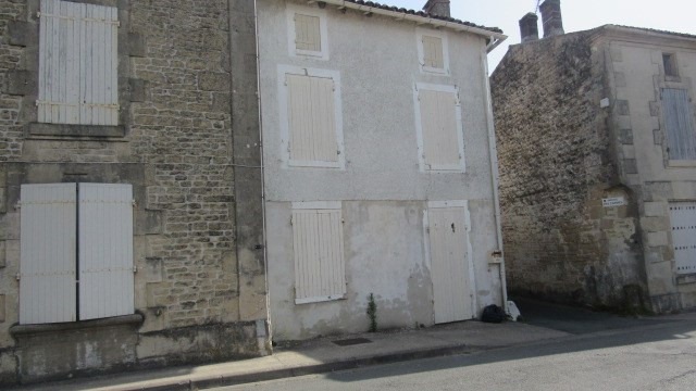 Vente maison / villa Aulnay 54 000€ - Photo 1