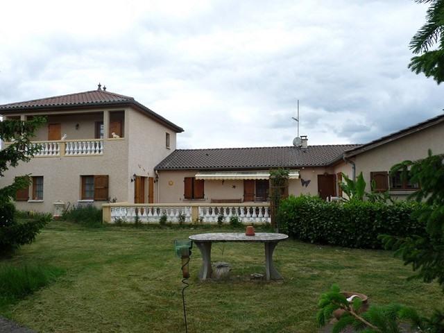 Revenda casa Poncins 354000€ - Fotografia 1