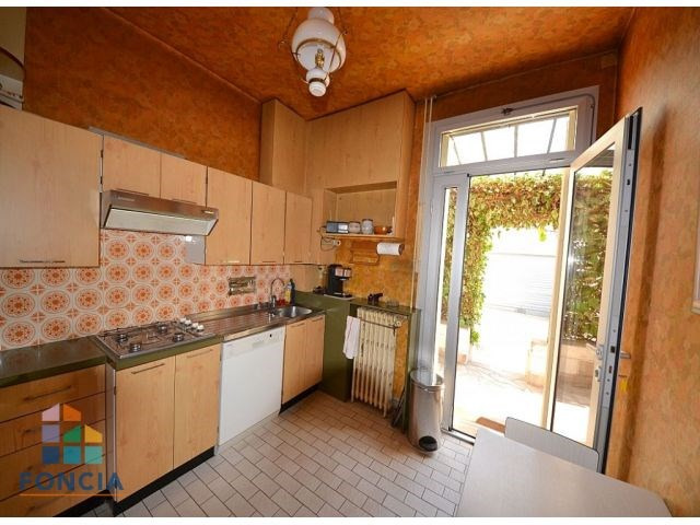 Vente de prestige maison / villa Suresnes 1065000€ - Photo 5