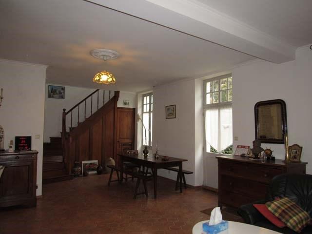 Sale house / villa Saint-jean-d'angély 249100€ - Picture 5