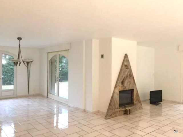 Location maison / villa Beynost 1 950€ CC - Photo 5