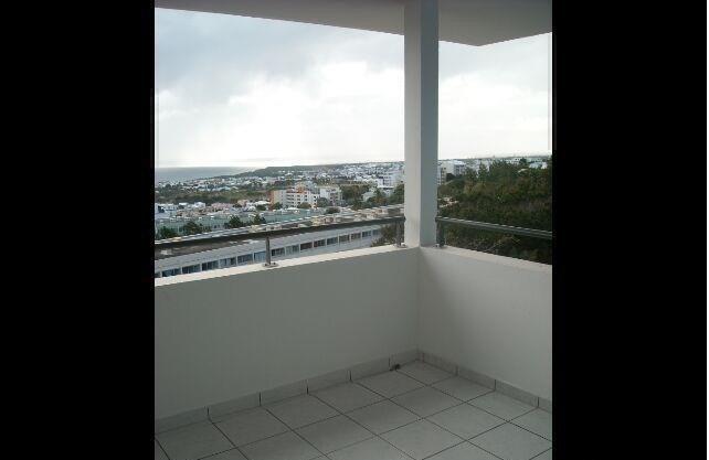 Location appartement St francois 430€ CC - Photo 2