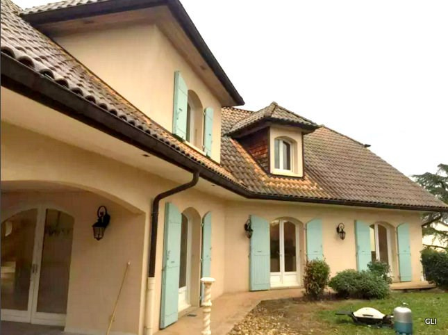 Location maison / villa Beynost 1 950€ CC - Photo 1