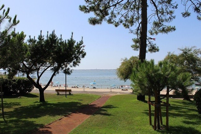 Investment property apartment Arcachon 565 000€ - Picture 1