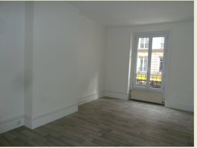 Rental apartment Paris 10ème 1 150€ CC - Picture 4