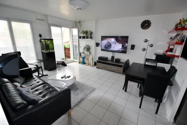 Sale apartment Sartrouville 289500€ - Picture 2