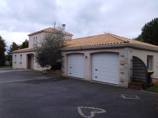 Sale house / villa La limouzinière 402000€ - Picture 2