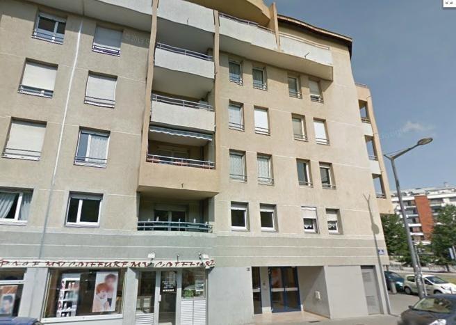 Location appartement Lyon 3ème 850€ CC - Photo 1
