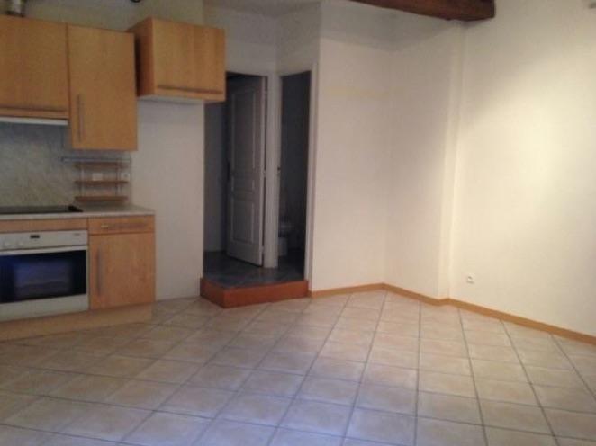 Rental apartment Dourdan 671€ CC - Picture 3
