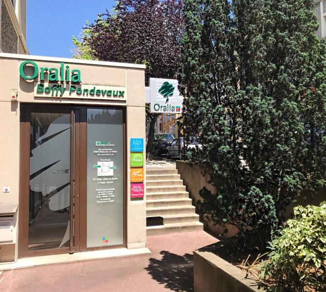 Location parking Villefranche sur saone 50€ CC - Photo 1