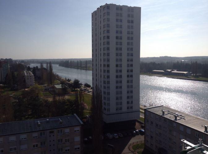 Rental apartment Vichy 680€ CC - Picture 1