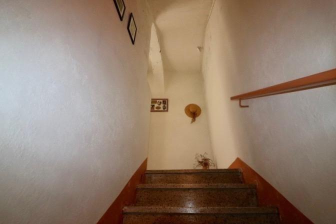 Vendita casa Arles 275000€ - Fotografia 3