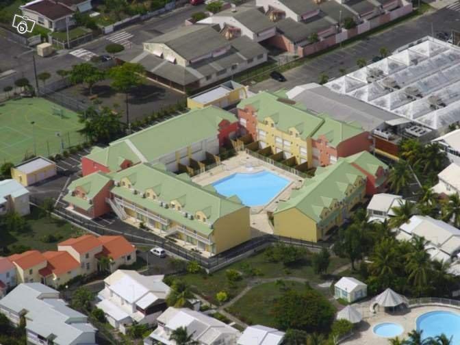 Rental apartment Saint francois 548€ CC - Picture 4