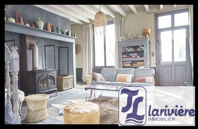Sale house / villa Desvres 336000€ - Picture 1