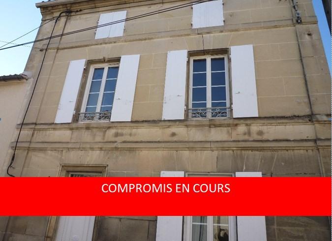 Sale house / villa Cognac 138000€ - Picture 1