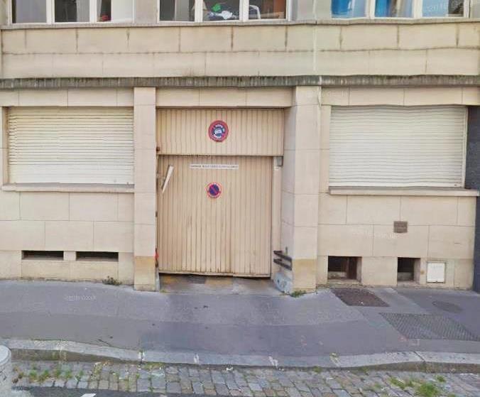 Rental parking spaces Lyon 6ème 120€ CC - Picture 2