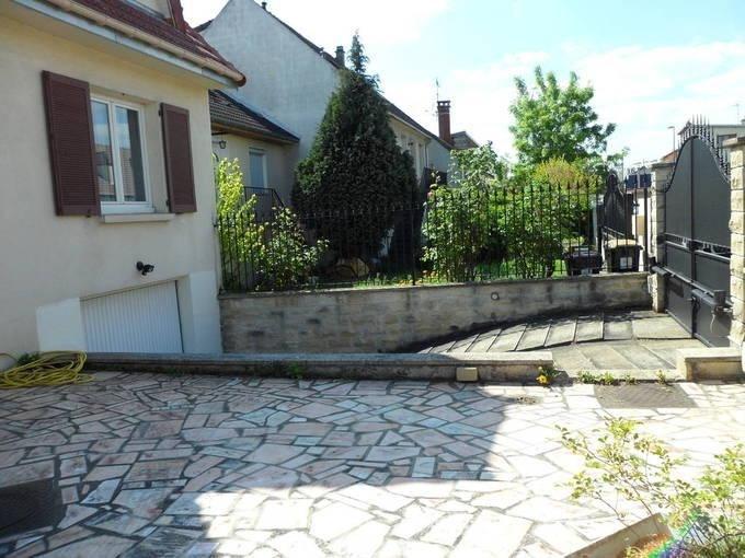 Vente maison / villa Chennevieres sur marne 577500€ - Photo 2