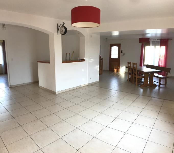 Sale house / villa Saint pierre montlimart 220900€ - Picture 3