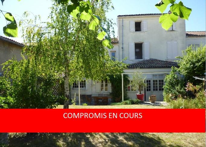 Sale house / villa Cognac 440000€ - Picture 1