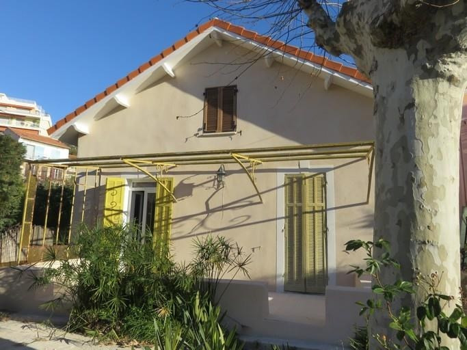 Location maison / villa Bandol 1550€ CC - Photo 1