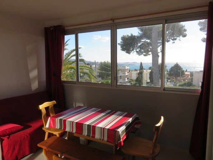 Location vacances appartement Bandol 450€ - Photo 2