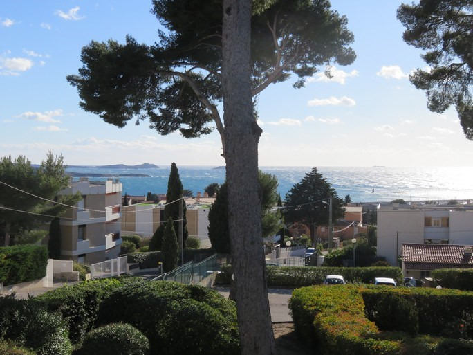 Location vacances appartement Bandol 450€ - Photo 1
