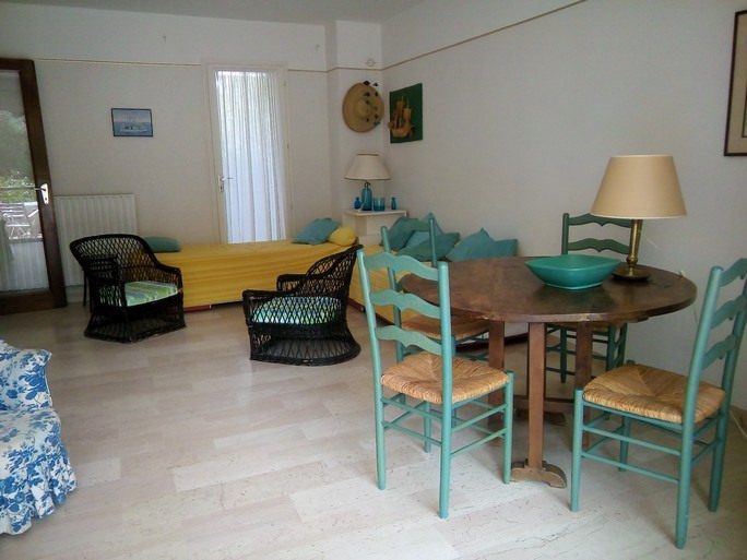 Location vacances appartement Bandol 490€ - Photo 3