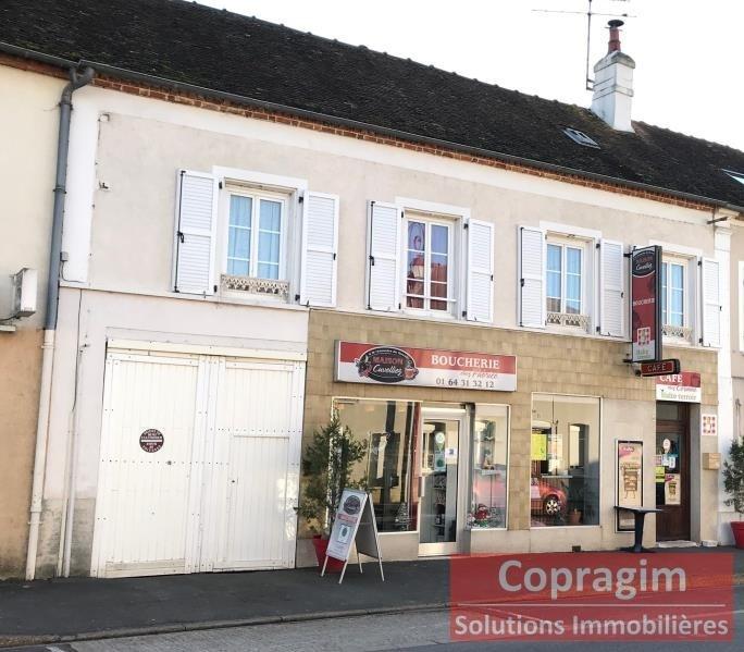 Sale house / villa Montereau fault yonne 250000€ - Picture 1