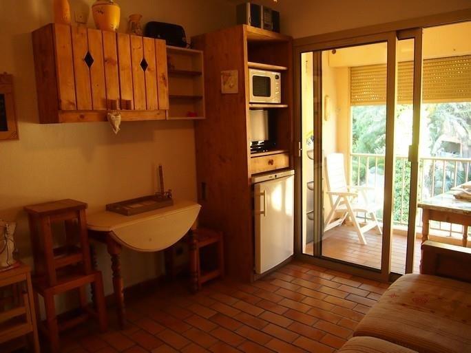 Location appartement Sanary sur mer 560€ CC - Photo 5