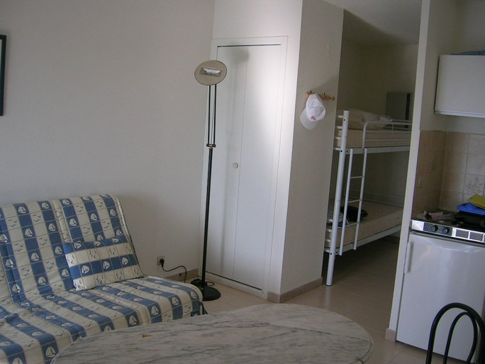 Vacation rental apartment Bandol 330€ - Picture 3