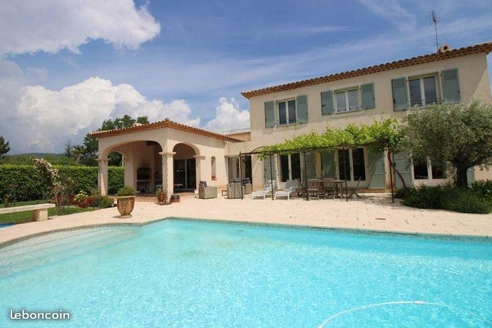 Deluxe sale house / villa Sollies pont 748 000€ - Picture 1