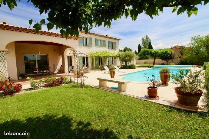 Deluxe sale house / villa Sollies pont 748 000€ - Picture 3