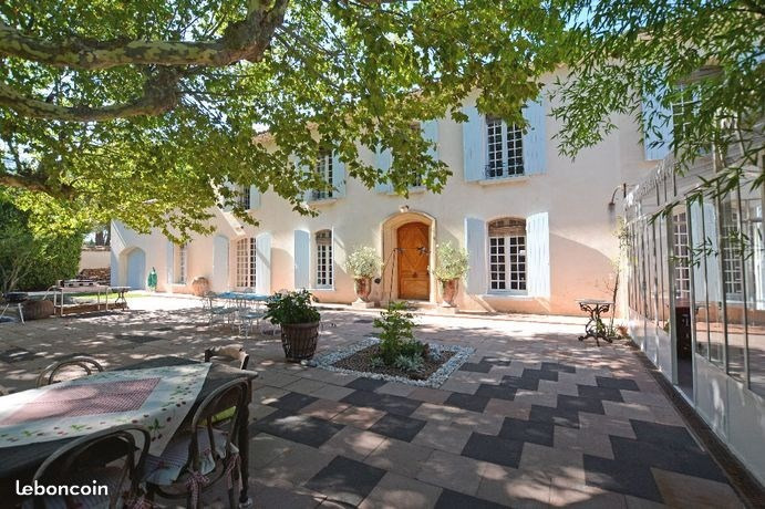 Deluxe sale house / villa Orange 770000€ - Picture 2