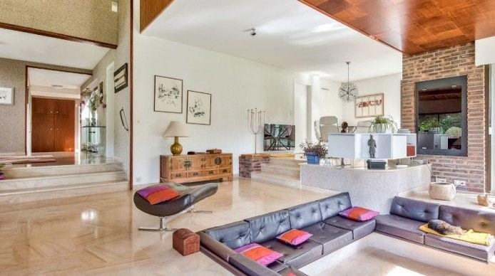 Insolite maison d'architecte seventies
