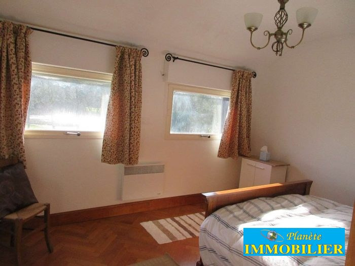 Sale house / villa Pont croix 270 920€ - Picture 9
