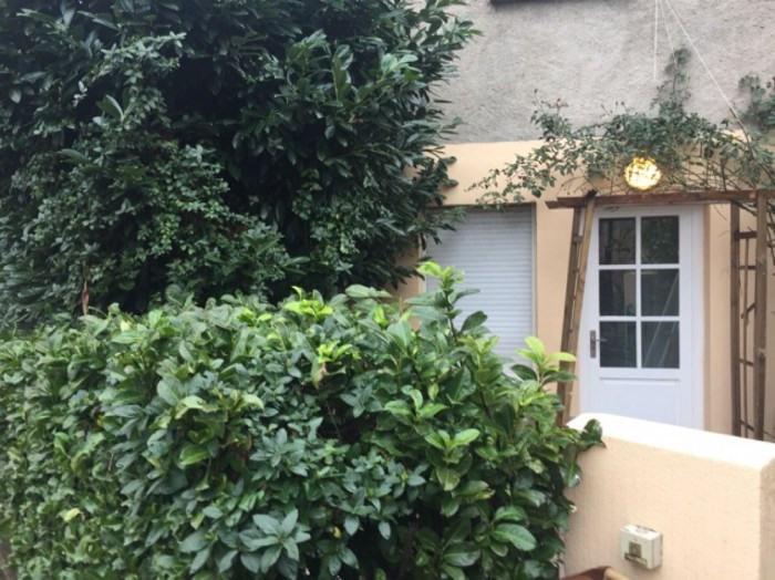 Location maison / villa Villefranche-sur-saône 670€ CC - Photo 2