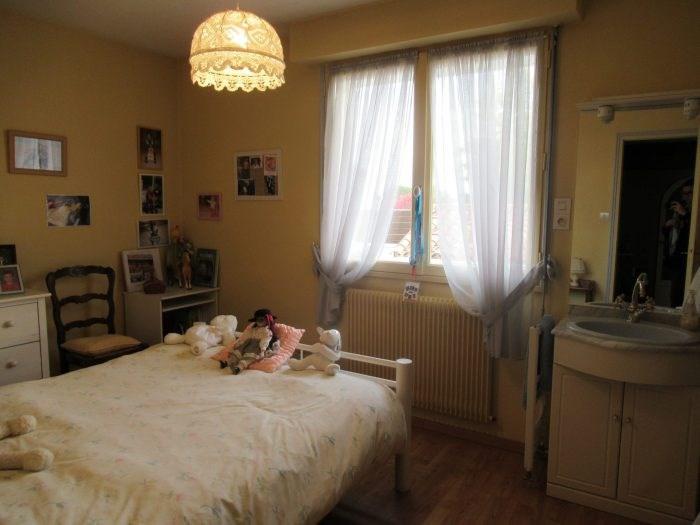 Sale house / villa La roche sur yon 291500€ - Picture 8